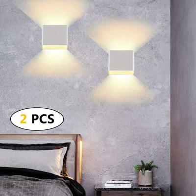 2, 12W aplique de pared impermeable IP65, lámpara de pared ajustable, apliques pared interior blanca cálida 3000K apto para dormitorio y sala de estar                                                                                                       Clase de eficiencia energética A++,